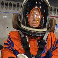 """Moonikin es el nombre del maniquí que volará alrededor de la Luna: la gente """"bautizó"""" al astronauta de la misión Artemis de la NASA"""