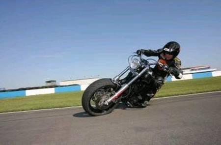 Craig Jones y el stoppie más veloz y largo del mundo... de dos