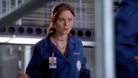 Emily Deschanel Bones