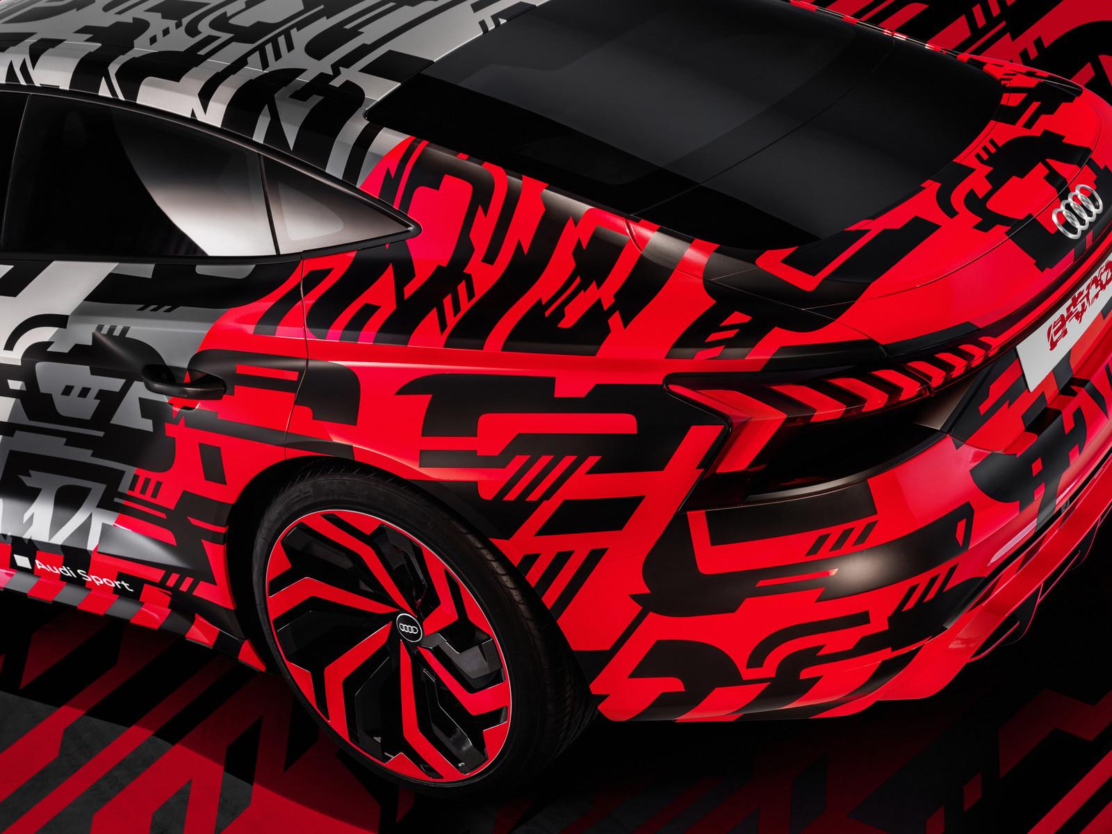 Foto de Audi e-tron GT concept 2018 (7/55)