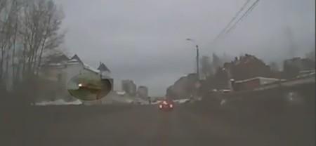 """RuзуaPaзуФи™: """"Vooolare, ooh"""" en versión rusa"""