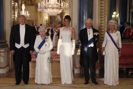 Melania Trump Y Reina Isabel Ii Cena Estado 1