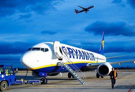 ¿Ryanair deja los aeropuertos pequeños?