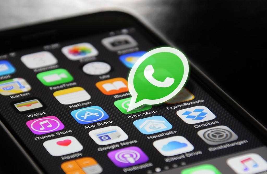 WhatsApp ya posibilita realizar llamadas grupales en un únicamente click