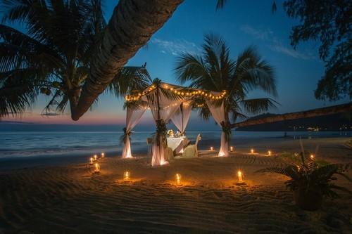 27 ideas inspiradoras para organizar una boda tropical