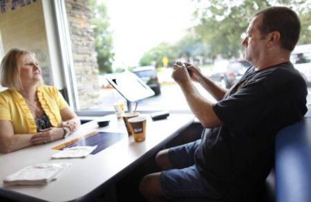 Su menú y un iPad para usar, gracias por venir a McDonald's: imagen de la semana