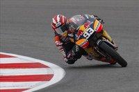 MotoGP Gran Bretaña 2010: Marc Márquez evita la pole de Bradley Smith en 125