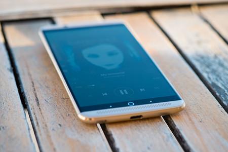 Smartphones de ZTE podrían llenar el vacío que los Nexus dejaron en el mercado