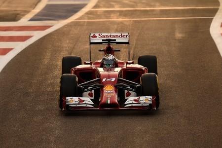 Fernando Alonso termina la última clasificación del año por detrás de Räikkönen