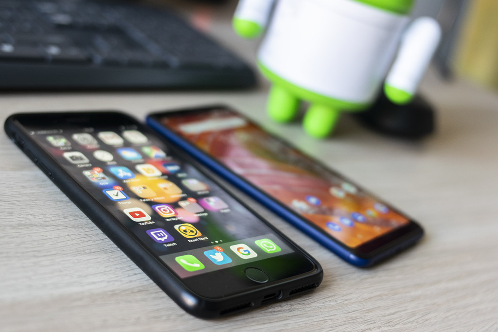 moving from iPhone to Android: how to transfer all data and contacts to your new mobile phone