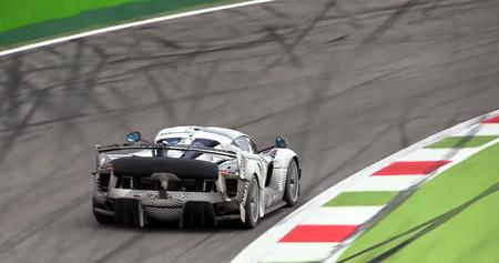 Ponte el babero: así suena el Ferrari FXX K Evoluzione, en pleno desarrollo en Monza
