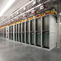 Cómo es por dentro un CPD de Microsoft: así son las regiones Cloud como la que se instalará en Madrid