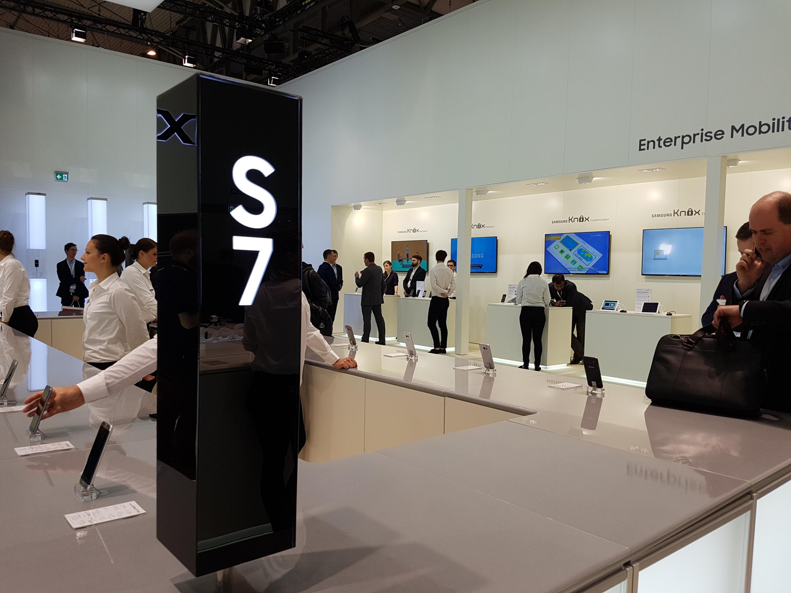 Foto de S7 vs S6 (17/18)