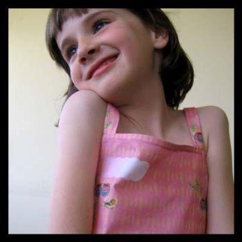 Ropa infantil artesanal y verde: boletus