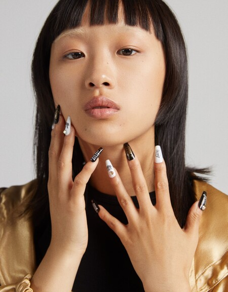 Estas uñas postizas de la colección Bershka x NBA enamorarían a la mismísima Rebeka (de Élite)