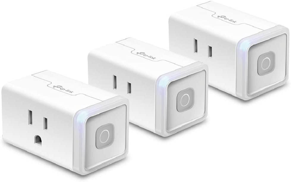 Tres contactos inteligentes Kasa Smart Plug Lite de TP-Link