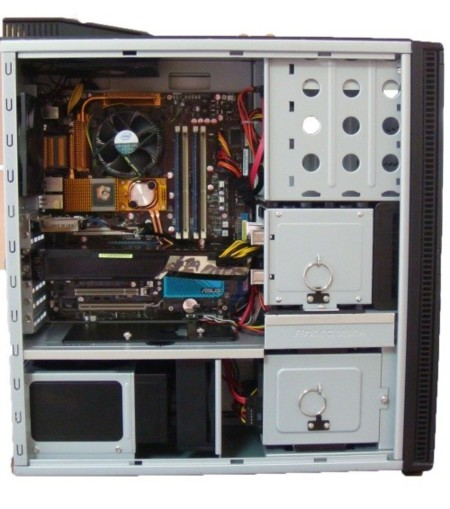 Mountain Studio3D, estación de trabajo asequible con Nvidia Quadro fx3700