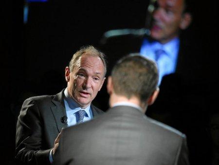 Tim Berners-Lee advierte que el control gubernamental está limitando las posibilidades de la red