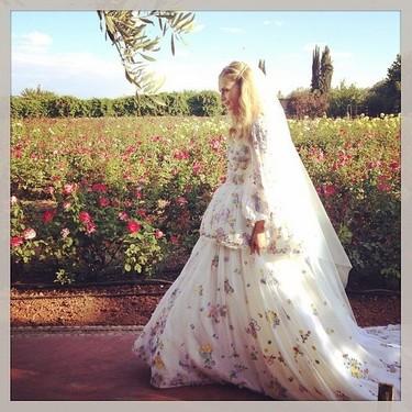 Poppy Delevingne se vuelve a casar, esta vez de con un vestido de Emilio Pucci