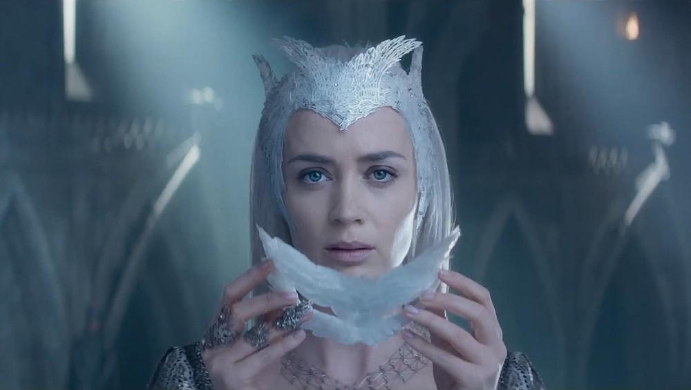 Emily Blunt El Cazador Y La Reina De Hielo