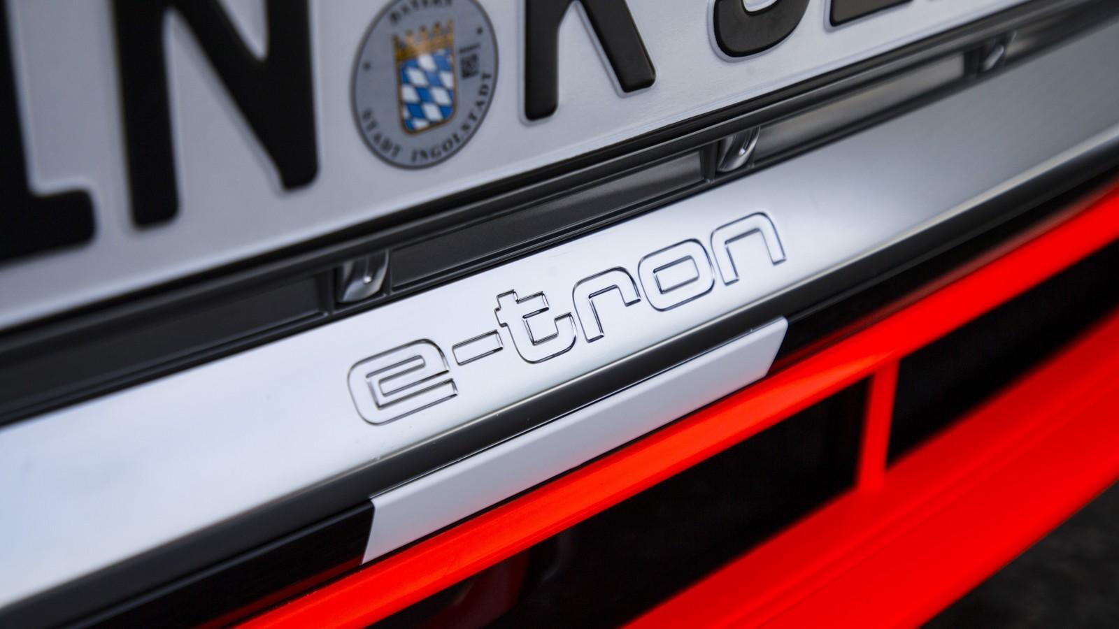 Foto de Audi e-tron prototype (5/21)