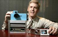 Distinguen al inventor de la cámara digital
