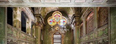 32 beautiful images of churches abandoned that show the decline of faith in the old continent