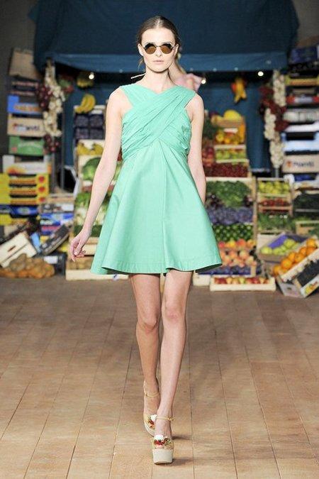 Color pastel Moschino Cheap and Chic Primavera-Verano 2012