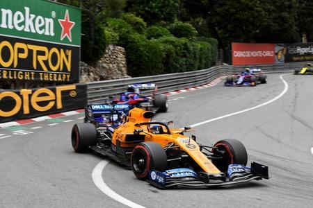 Carlos Sainz hizo el adelantamiento de la carrera en Mónaco y ya es líder del otro mundial de Fórmula 1