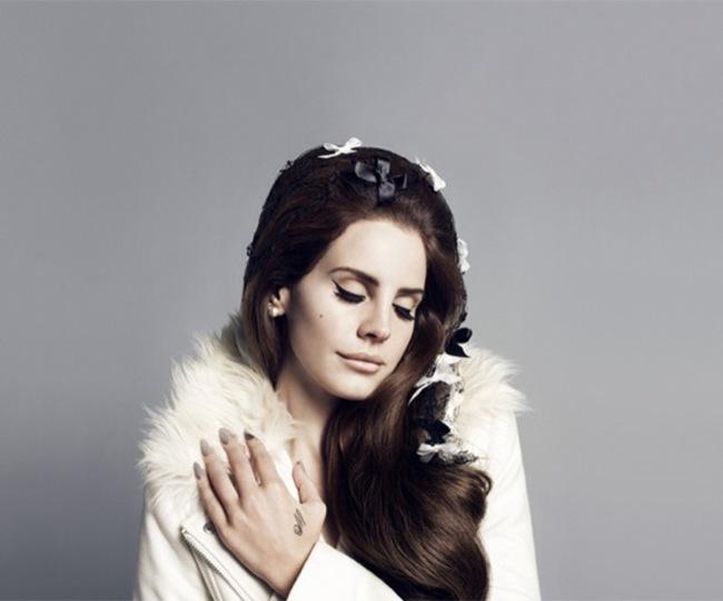 Lana-del-Rey-protagoniza-la-campaña-otoño-2012-de-HM