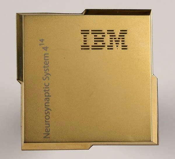 TrueNorth es el chip de IBM con el que quieren emular el cerebro humano