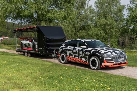 Audi e-tron prototype desembarca en el Encuentro GTI en Wörthersee y llega muy bien acompañado