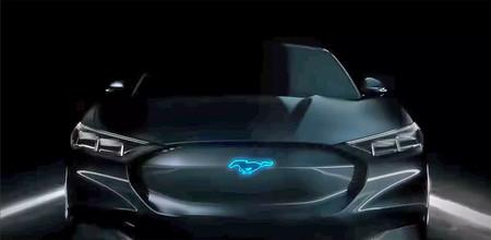 El próximo Ford Mustang no llegará antes de 2026 y su variante eléctrica podría llamarse Mach-E
