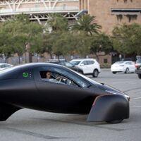 """Aptera es el coche eléctrico que """"no tienes que cargar"""" gracias a sus paneles solares y máxima eficiencia: ya se puede reservar"""