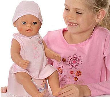 La preferencia de los niños por los coches y de las niñas por las muñecas es genética