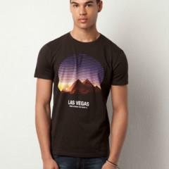 Foto 9 de 13 de la galería atentos-a-las-camisetas-de-estilo-souvenir en Trendencias Hombre