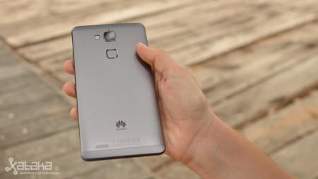Huawei tiene listo su sistema de carga rápida: 48% de la capacidad total en cinco minutos