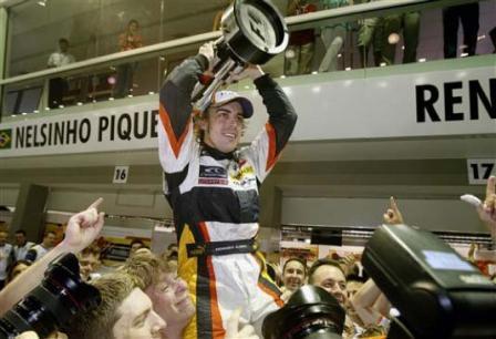 Fernando Alonso, el mejor piloto de 2008