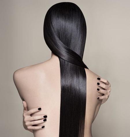 Serum de Soie de Leonor Greyl, dale a tu cabello la máxima nutrición