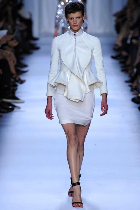 Foto de Givenchy Primavera-Verano 2012 (27/39)