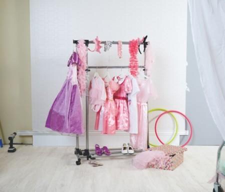 Tu armario es un caos 6 accesorios imprescindibles para - Perchero burro ikea ...