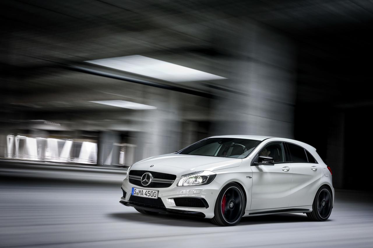 Foto de Mercedes-Benz A 45 AMG (12/24)