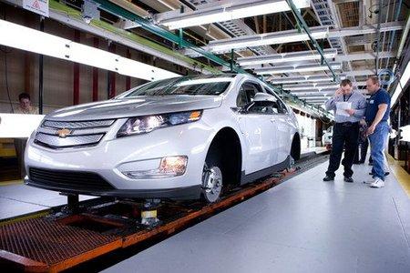 Los primeros Chevrolet Volt y Opel Ampera de pre-producción ya han salido de fábrica