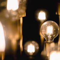 Hoy entra en vigor la nueva factura de la luz: estas son las horas donde tu consumo eléctrico será más barato