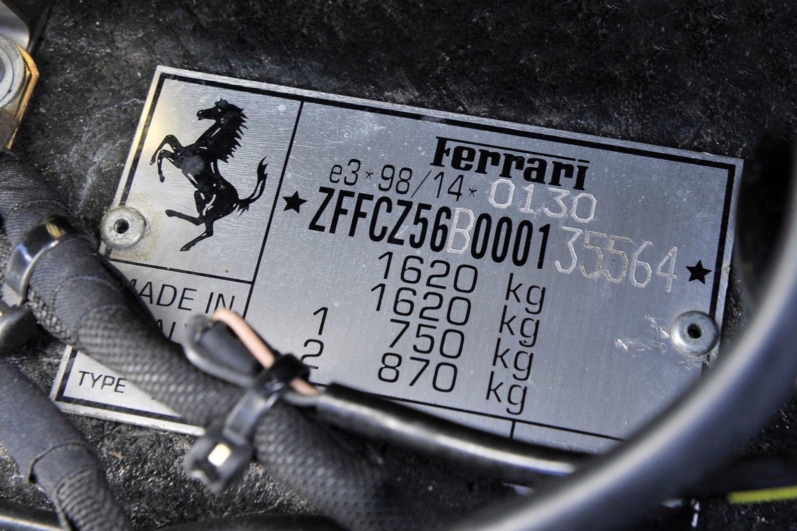 Foto de Ferrari Enzo subasta (5/27)