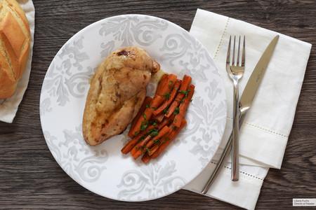 pechuga de pollo a la sidra glaseada con zanahoria