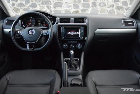 Volkswagen Jetta 2017 4