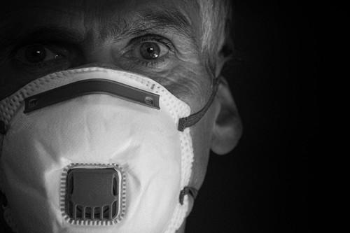 Nueve películas de pandemias y virus que puedes encontrar ahora en streaming para pasar el rato confinado en casa