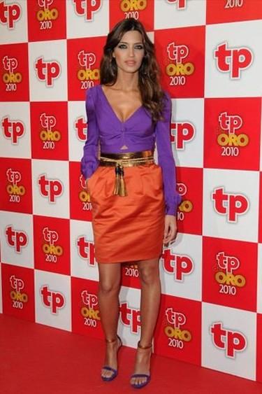 El look de colorines de Sara Carbonero en los Premios Tp de oro 2011