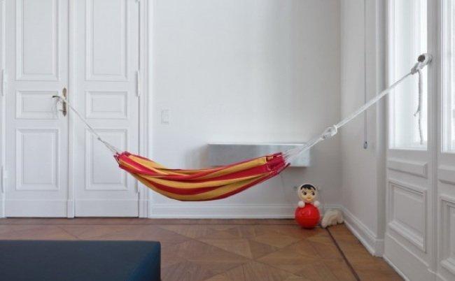 Una buena idea una hamaca de exterior en el interior - Ganchos para hamacas ...